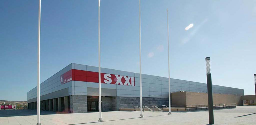 """Instalación Eléctrica de Complejo Deportivo Municipal """"SIGLO XXI"""" Zaragoza"""